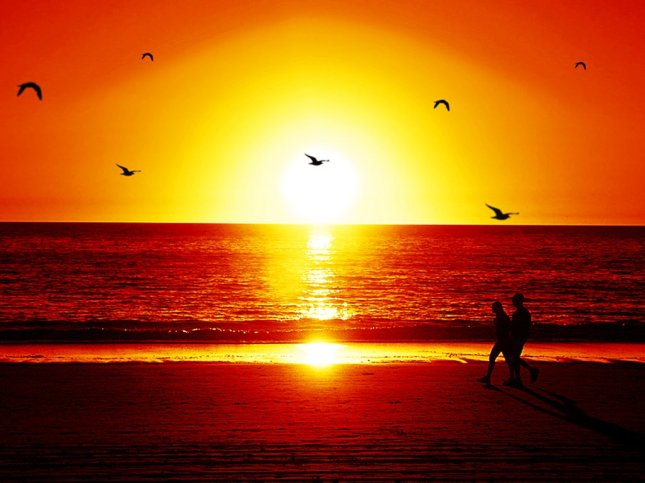 red_sunset_beach